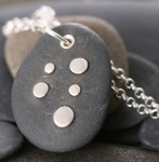 5-Drops Pebble Pendant