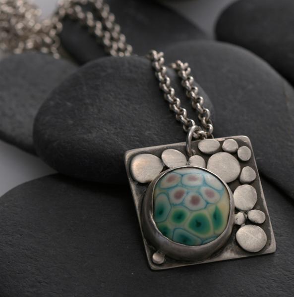 Pebbles Pendant - Lampwork Cab